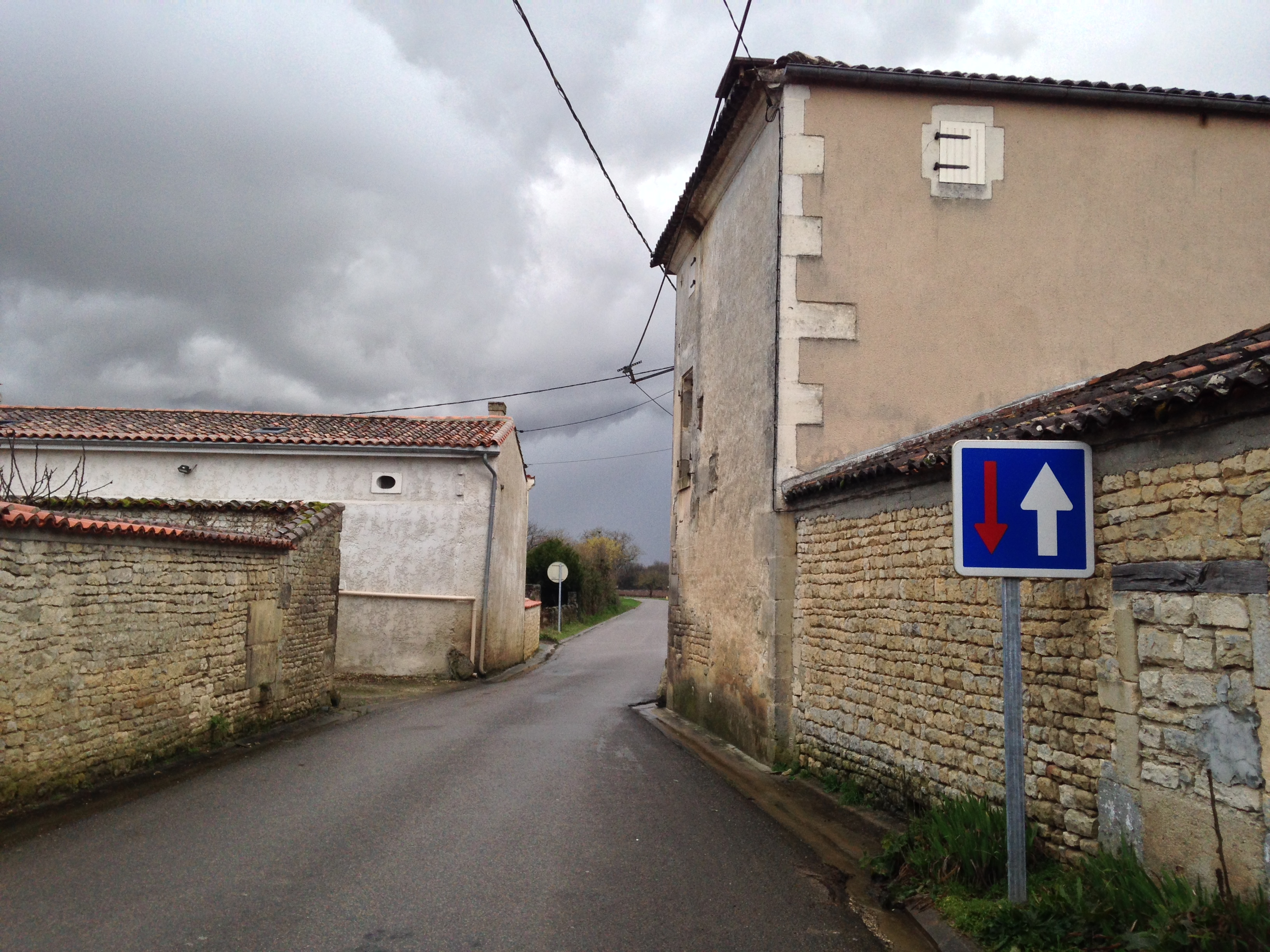 Why are there more strict speed restrictions on the roads in France than other countries in Europe?